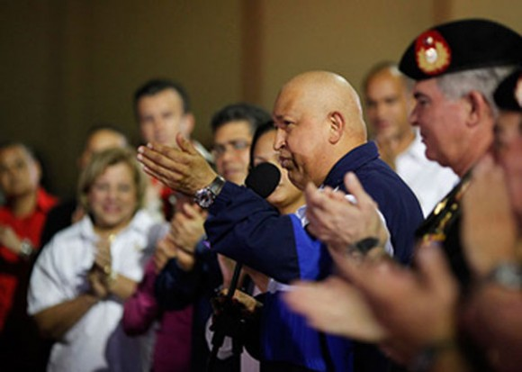 Hugo Chávez llega a Maiquetia. Foto: Noticias 365