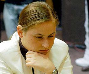 El cubano cedió ante la mejor ajedrecista de todas las épocas