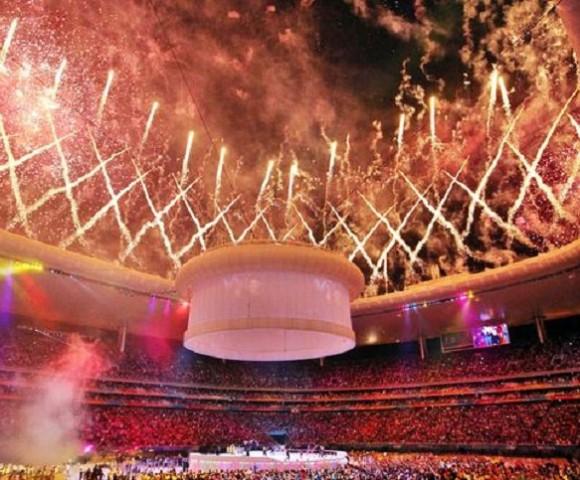 El estadio Omnilife estalló en júbilo durante la ceremonia de clausura de los XVI Juegos Panamericanos Guadalajara 2011, en Jalisco, México, el 30 de octubre de 2011. AIN    FOTO/José PAZOS/NOTIMEX/sdl