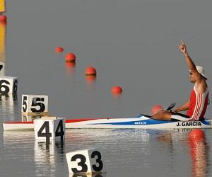 Jorge Antonioa Garcia, de Cuba, se proclamo Campeon de los XVI Juegos Panamericanos de Canotaje, en la modalidad de Kayak individual a 1000 metros, en competencia efectuada en la Pista de Remo y Canotaje, de la laguna Zapotlan el Grande, estado de Jalisco, Mexico, el 28 de octubre de 2011. AIN FOTO/Juan Pablo CARRERAS/Thm
