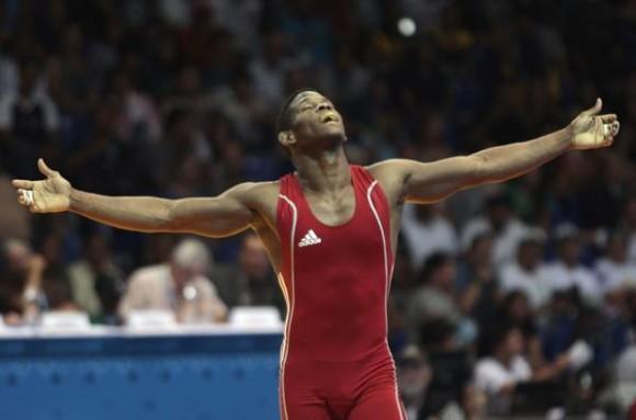 Liván López ganó la división de 66 kg de la lucha libre y le dio a Cuba su medalla de oro 800 en la historia de los Juegos Panamericanos. Foto: Ismael Francisco