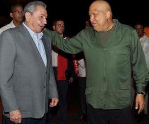 Raúl en el recibimiento en La Habana. Foto: Estudios Revolución/ Archivo
