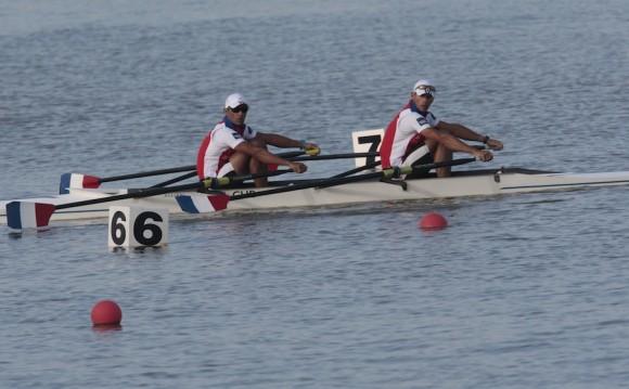 Eider Batista y Yunior Pérez, medalla de plata en par de remos cortos categoria ligero. Foto: Ismael Francisco