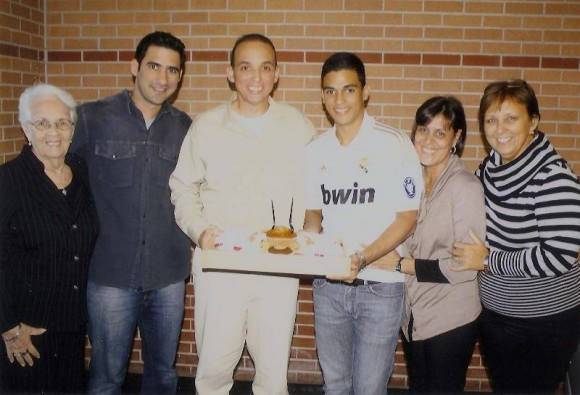 Mirta, Tony (hijo), Antonio, Gabriel y Maruchi (hermana)