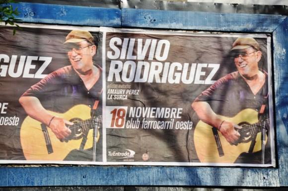 Anuncio del concierto de anoche en las calles de Buenos Aires.