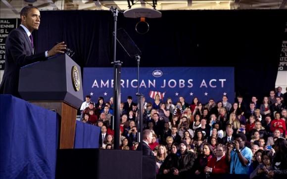 Los manifestantes del movimiento 'Occupy Wall Street' han interrumpido un discurso del presidente de Estados Unidos, Barack Obama, en la ciudad de Manchester, New Hampshire (noreste).