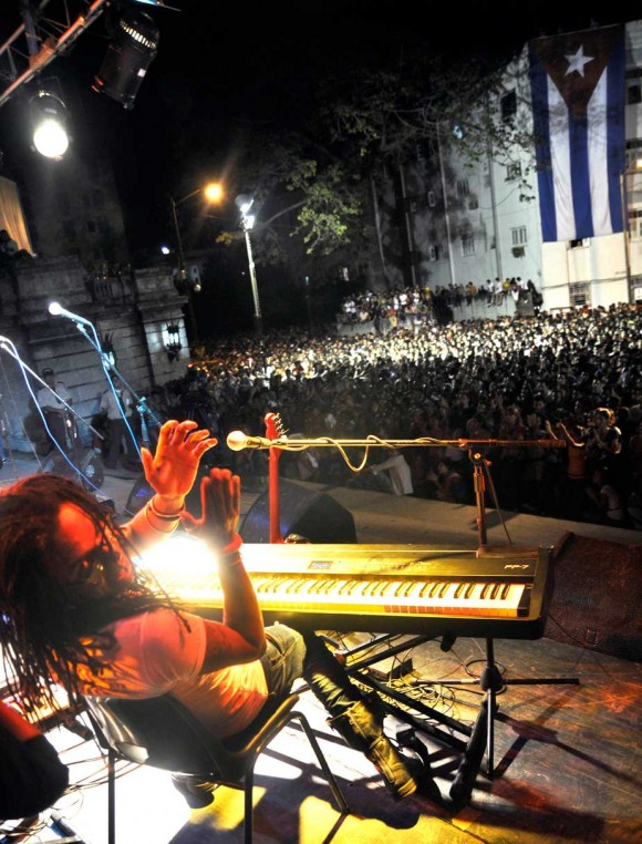 Concierto en la Escalinata de Raúl Torres por el Dia del Estudiante. Foto; Kaloian