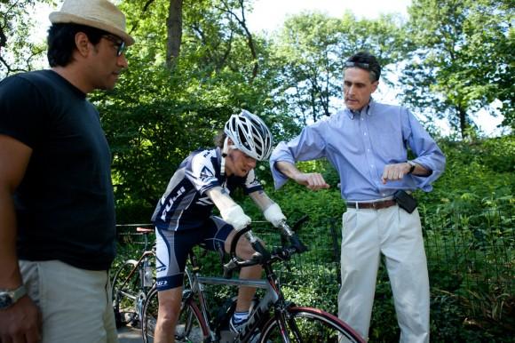 Cubano, sin antebrazos perdido en un accidente cuando era un adolescente ha dejado su huella como uno de los ciclista más rápidos en el mundo, y es  un ejemplo para los jóvenes que enfrentan problemas físicos.
