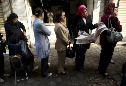 Egipcios vota en calma tras una violenta semana Foto: AFP, Odd Andersen