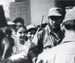 Fidel en un momento previo a la entrevista el 4 de enero de 1959. La cámara utilizada está en la extrema izquierda de la imagen. Foto: Cortesía de Rebeca Chávez.