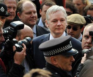 Fundador de WikiLeaks apela extradición en Gran Bretaña