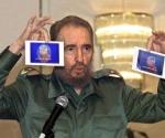Fidel muestra las imágenes de Luis Posada Carriles en Panamá y denuncia el complot para asesinarlo.
