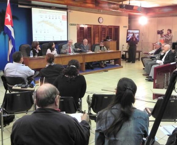 Conferencia  sobre terrorismo Habana-Caracas, con sede en el teatro MINREX y la Sala de Prensa de la Cancillería venezolana, con la participación de familiares de Los Cinco,  prestigiosas personalidades y estudiosos del tema, en La Habana, Cuba, el 9 de diciembre de 2011. AIN FOTO/Tony HERNÁNDEZ MENA