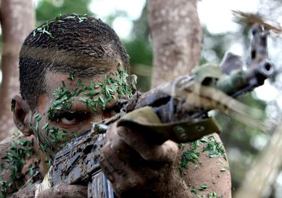 Felicidades a nuestras Fuerzas Armadas Revolucionarias. Foto: Ismael Francisco/Cubadebate