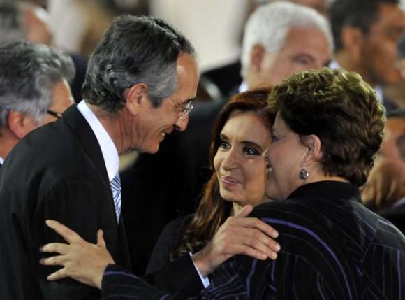 Colom, Cristina y Dilma