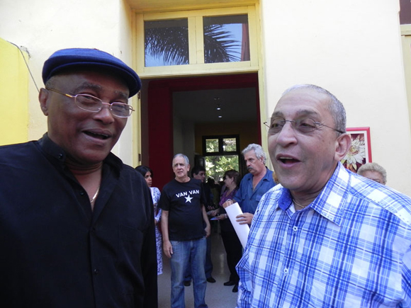 Lele cantante y fundador de los Van Van  asistió a la inauguración de la exposición. Foto: Marianela Dufflar
