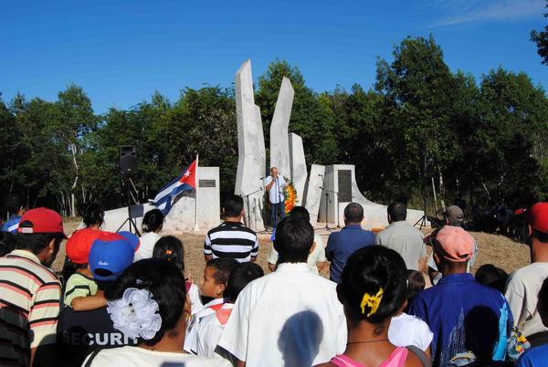 """onmemoran en """"Alegría de Pío"""" el primer combate del ejercito rebelde el 5 de diciembre de 1956, en Niquero, Granma, Cuba, el 5 de diciembre de 2011. AIN FOTO/Armando Ernesto CONTRERAS TAMAYO/"""