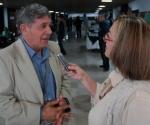 El Loquillo mientras es entrevistado para Cubasí por Vladia Rubio Foto: Marcelino Vázquez