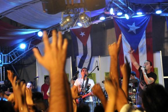 Concierto de Buena Fe en el Pabellón Cuba. Foto: Kaloian.