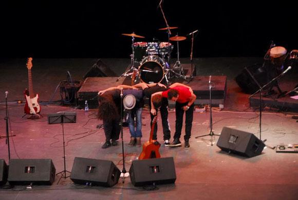 """Presentación del CD """"Como los locos"""" de Adrián Berazaín. Foto: Iván Soca"""