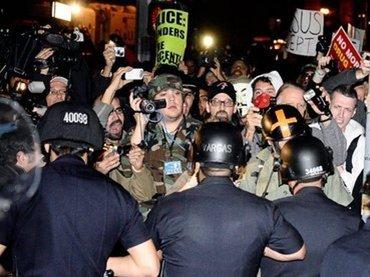 La evidencia recogida a través de la vigilancia condujo a más de 40 arrestos. Foto: Reuters