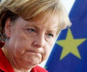 La Merkel no esconde su puño de acero frente a Italia y España