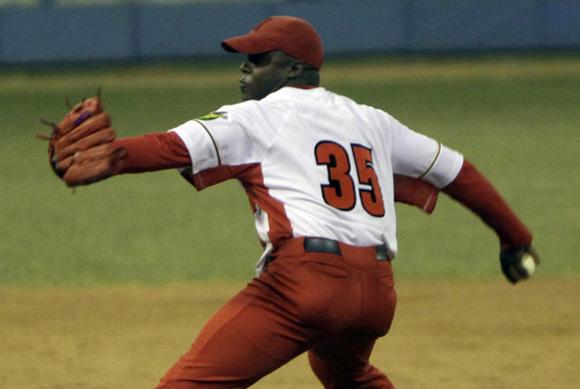 Yoan Hernandez, lanzador matancero ganador del juego Foto: Ismael  Francisco/Cubadebate