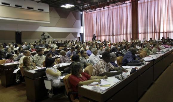 Comisiones de Trabajo de la primera Conferencia del Partido Comunista de Cuba. foto ismael francisco