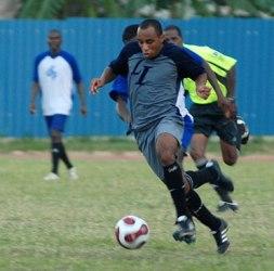 Primer tope en la historia entre la selecciones de fútbol de Cuba y Bolivia
