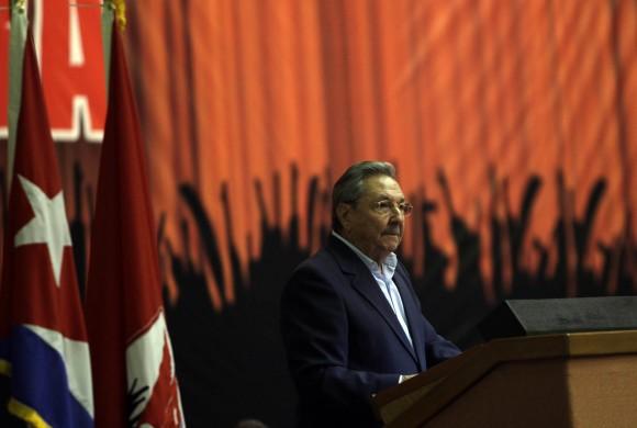 Raúl Castro en la clausura de la Conferencia Nacional del Partido. Foto: Ismael Francisco