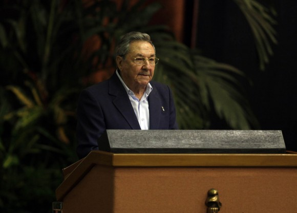 Raúl Castro en la clausura de la Primera Conferencia Nacional del Partido. Foto: Ismael Francisco.
