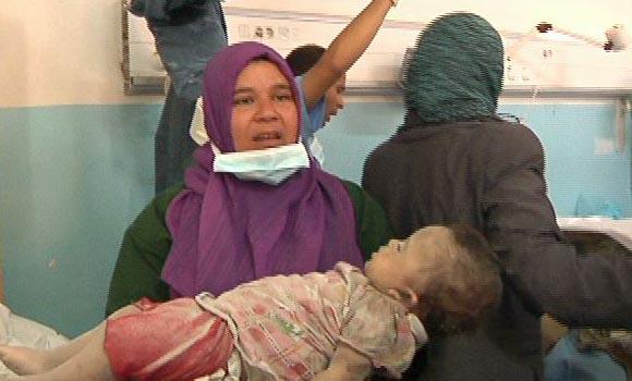 Mujeres y niños, entre las víctimas de los bombardeos
