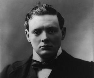 El joven Winston Churchill fue poeta
