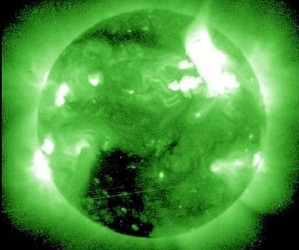 Imagen en rayos X de la tormenta solar tomada por el satélite GOES