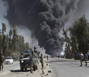 Otros 12 muertos afganos, indignados contra EEUU por profanación del Corán