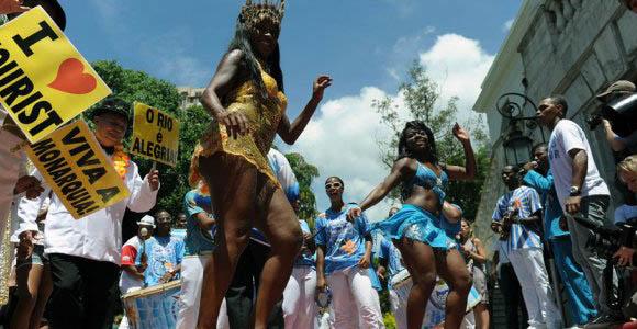 Casi 900 mil turistas se han dado cita en Río para seguir el Carnaval
