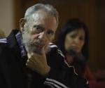 """Fidel Castro en la presentación de """"Guerrillero del tiempo"""", de Katiuska Blanco. Foto: Roberto Chile"""