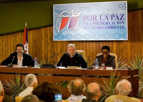 Fidel Castro en el encuentro con intelectuales. Foto: Alex Castro/ Cubadebate