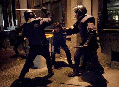 """El """"concierto"""" de la policía en Madrid este 10 de febrero. Foto: AP"""