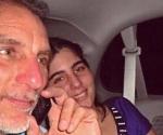 René Gonzalez junto a su hija menor, Ivette, poco después de salir de la cárcel de Marianna. Foto: Archivo familiar