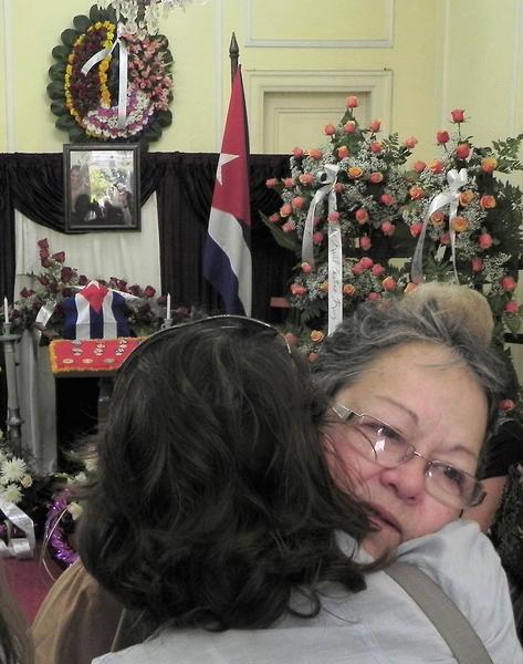 CUBA-LA HABANA-EXPUESTAS LAS CENIZAS DE SARA GONZALEZ EN EL INST