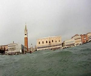 Venecia también decide su independencia y membresía en la UE y la OTAN