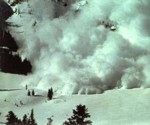 Alud en Mont Blanc provoca la muerte de 9 personas