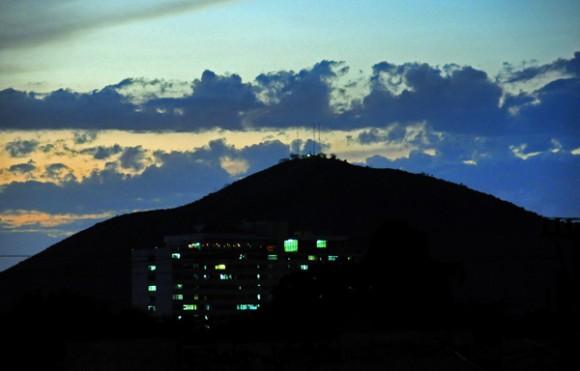 Atardecer en montañas cercanas a la ciudad de Holguin. Foto: Ismael Francisco/ Cubadebate.