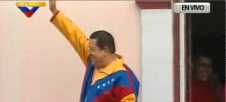 Chávez en el balcón del pueblo. Foto: Noticias 24