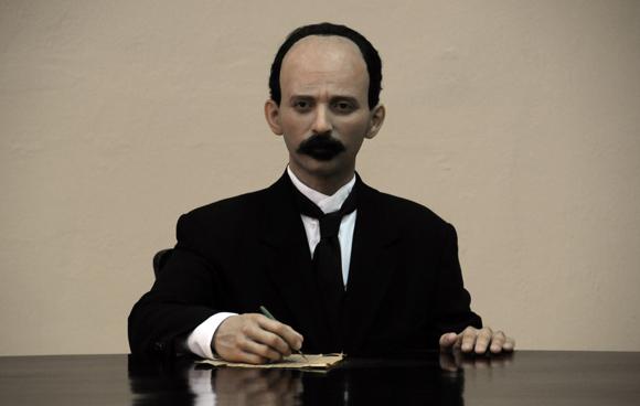 Jose Marti, Heroe Nacional en Museo de Cera en Bayamo. Foto: Ismael Francisco/Cubadebate