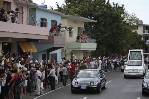 La Habana despide a Benedicto XVI. Foto: Ismael Francisco/ Cubadebate