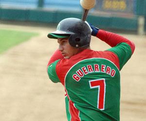 Guerrero despachó par de pelotas. Foto: Juan Moreno.