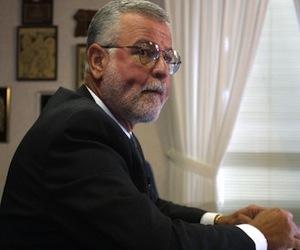 Puerto Rico celebra renuncia de Héctor Pesquera
