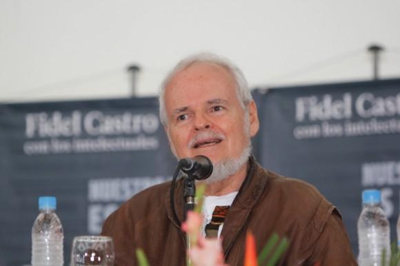 """Presentación del libro """"Nuestro deber es luchar"""" en Caracas"""